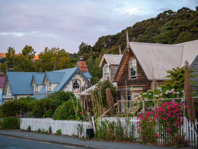 new zealand akaroa houses