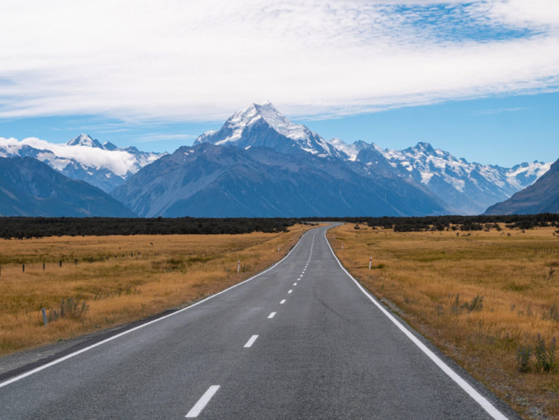new zealand road to mount cook